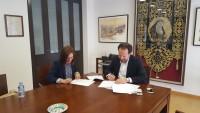 Convenio firmado entre el Ilustre Colegio de Abogados de Lorca y Caser Residencial